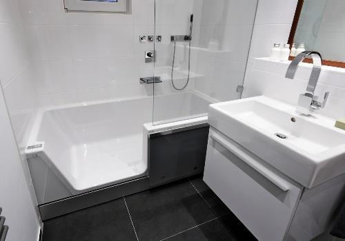 Thielsch bietet Lösungen für das Baden und Duschen